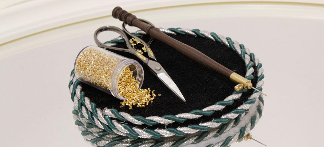Набор инструментов для люневильской вышивки