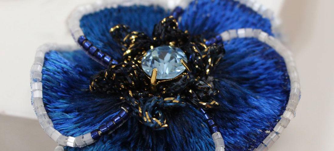 Брошь «Синий цветок»