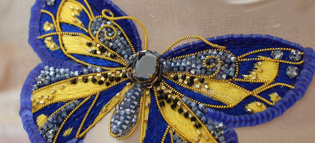 Бабочка фиолетовая с золотом
