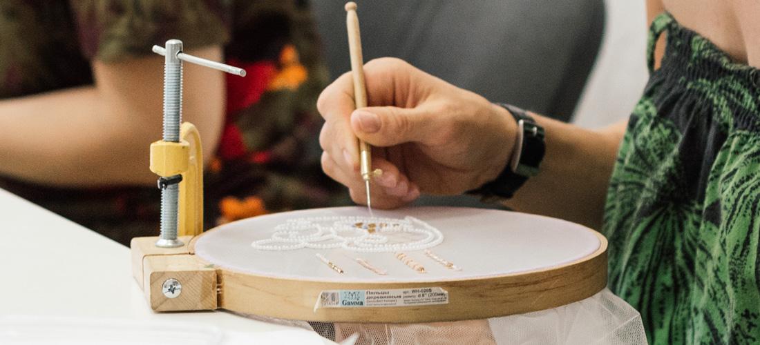 Чем заменить профессиональную раму для вышивки