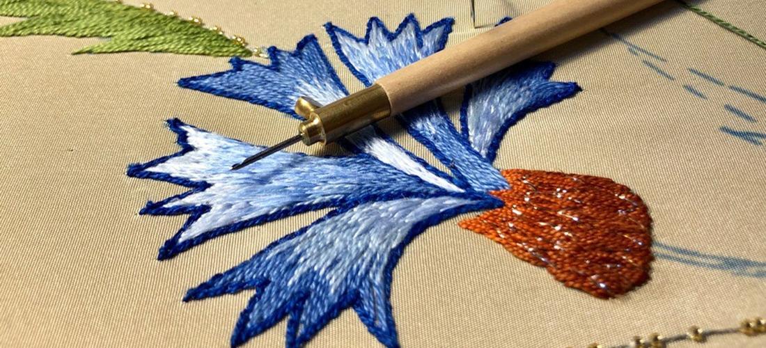 Образец для интерьерной вышивки – василек